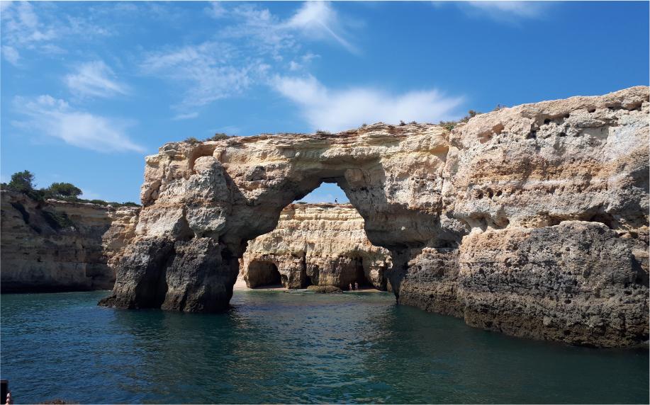 Praia dos Olhos de Água – Grutas de Benagil – Albufeira velha
